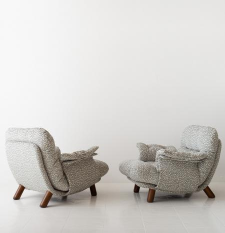 Lounge Chairs by INSA
