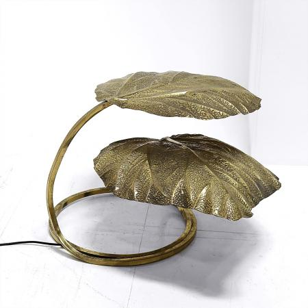 'Leaf' Table Lamp by Tommaso Barbi